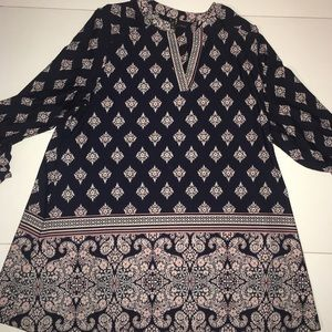 New Directions Navy Paisley Top Size 1X